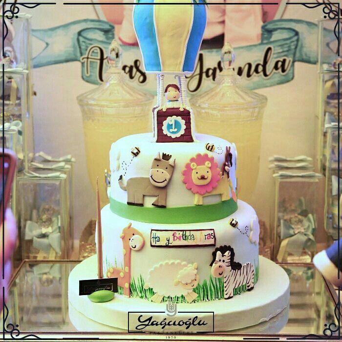 🎉 Aras ilk yaşını bizimle kutladı. Biz de onun kadar heyecanlıydık 😊 🌟 Teras ve VIP salonumuz, tüm özel günlerinizde kaliteli hizmetlerimizle daima yanınızda 🌟 #Yağcıoğlu #YağcıoğluPastaneleri   #vip #salon #özel #etkinlik #organizasyon #toplantı #dogumgunu #istanbul  Instagram: @yagcioglupastaneleri 👈