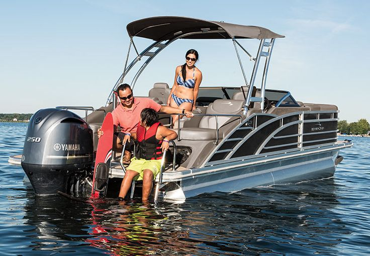 The Bennington R Series of performance & luxury pontoon boats offers our broadest selection of models 20'-28'. Customize your boat above deck and below with an array of seating, performance choices, optional equipment and more. Perfect for cruising around the lake or towing a waterskier. Learn more. https://www.benningtonmarine.com/series/r/