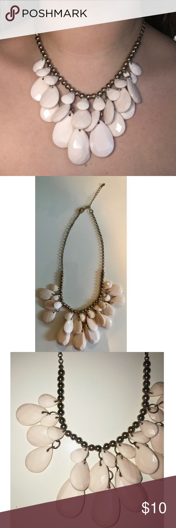 BaubleBar Statement Dainty Necklace Pearls Vintage Beautiful light pink large pearl necklace with a gold necklace. Great fashion statement chain. Condition:Great condition,pre-owned.Has been worn.As you can see in the pictures it is missing a pearl.It is hardly noticeable on. Color:Gold looks a bit vintage.Pearls are light pink in different sizes. Check my closet for more items.Bundle on more items to save on shipping,plus get an additional discount 📌Feel free to ask any questions 📌Offers…