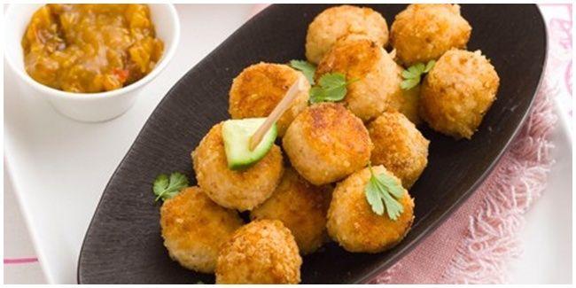 Vemale.com - Yuk cobain bikin chicken ball rumahan yang sehat dan penuh gizi ini.�