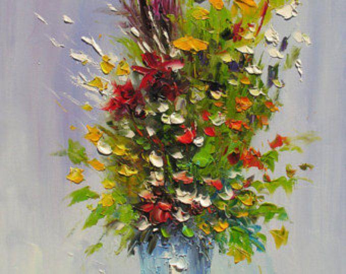ORIGINAL pintura al óleo MADE2ORDER espátula coloridas flores verde florero amarillo rojo flor silvestre a mano oficina casa azul arte por Marchella