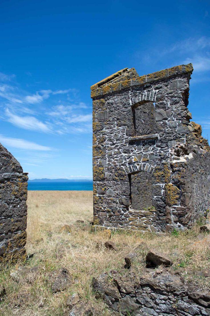 Convict Barracks, Stanley - Northwest Tasmania | heneedsfood.com