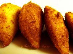 Rissois de Galinha - Chicken Rissoles