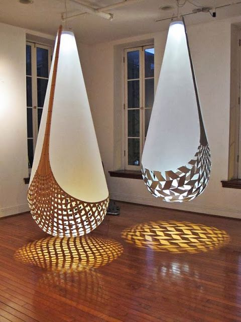 David Trubridge's Baskets of Knowledge, Kete Aonui (left) and Kete Tuauri, 2009 photo by Jennifer Coyne Qudeen