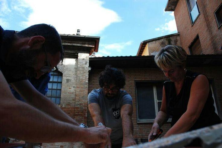 Matteo, Jonathan and Aida are working on a box. The countdown it'started: only one week! waiting for #JonathanMonk #claymation 5.10.2015 h 21 at #MuseoCarloZauli #ResidenzaDArtista #Faenza #vase #workinprogress #MonkCallsZauli #claymation #makingok #MCZ #CorsoPerCuratori #ceramics #contemporaryceramics #ArtistInResidence #ceramica