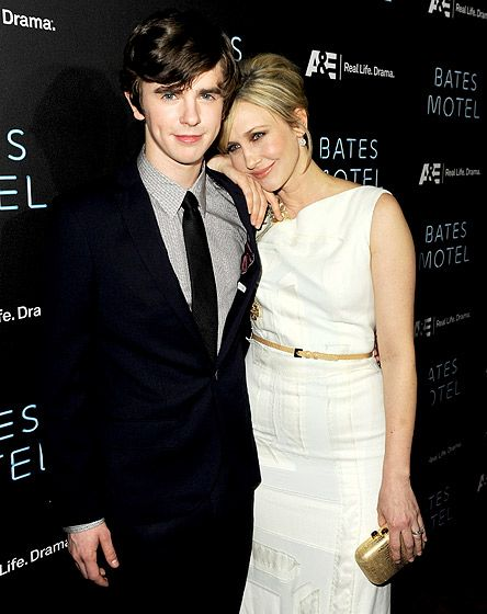 142 best images on pinterest tv series for Freddie highmore movies and tv shows