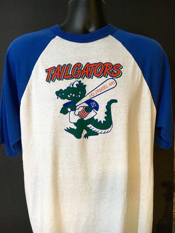 Vintage Men's Softball Tee  Tailgators  XL