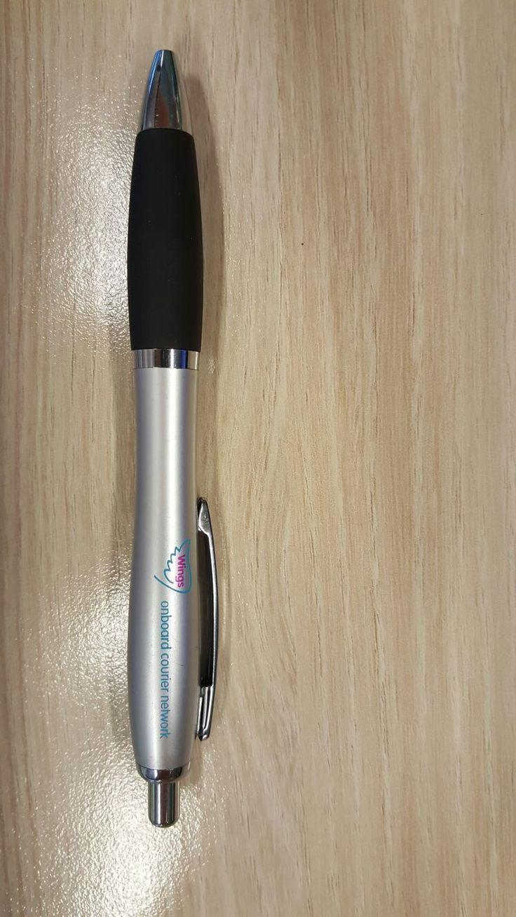 """Over de Balpen Cardiff: """"Prima prijs/kwaliteit verhouding. Mooie pen als 'strooigoed' voor de beurs."""""""