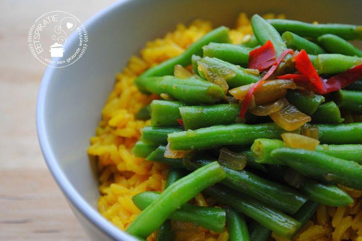 💝 Pittige boontjes kun je eigenlijk overal bij eten. Een snel en simpel bijgerechtje voor als je even geen eetspiratie hebt!