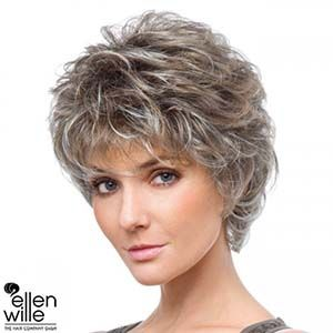 coupe femme cheveux courts 50 ans