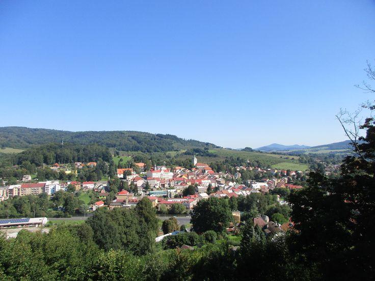 Benešov nad Ploučnicí z vyhlídky - Ústecký kraj