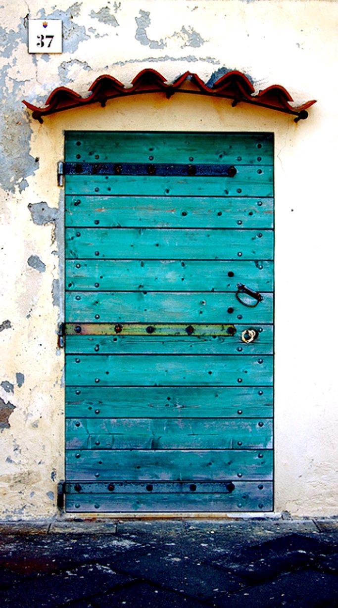 Door | ドア | Porte | Porta | Puerta | дверь | Sertã | Alghero, Sardinia, Italy·