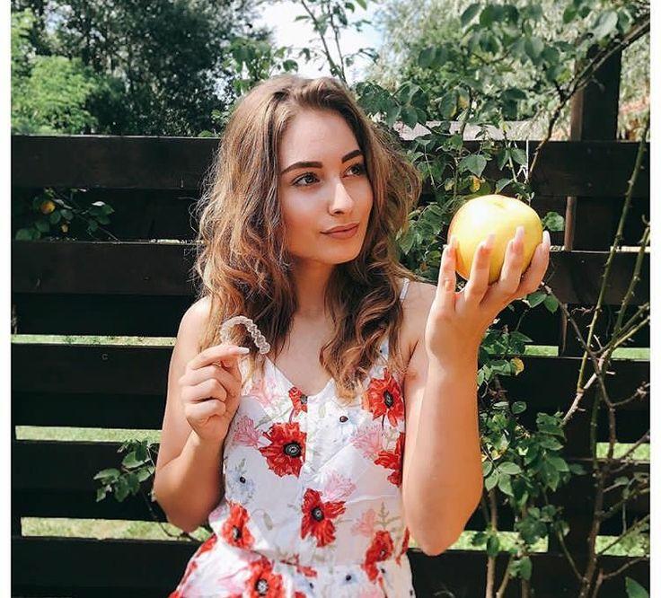 Hála az égnek tudok enni almátHamarosan jön egy új kép a fogamról#ab#alma#summer#sun
