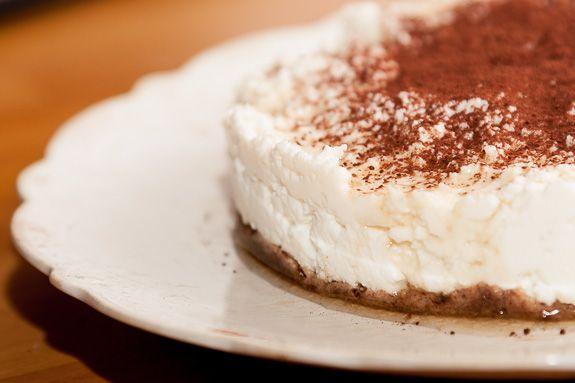 Kávé és Csokoládé: Gluténmentes cheesecake pekándióval és datolyával