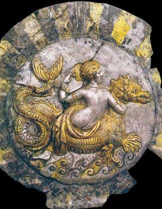 Silver and gilt box shaped as a shell. Museo Archeologico di Taranto, Italy