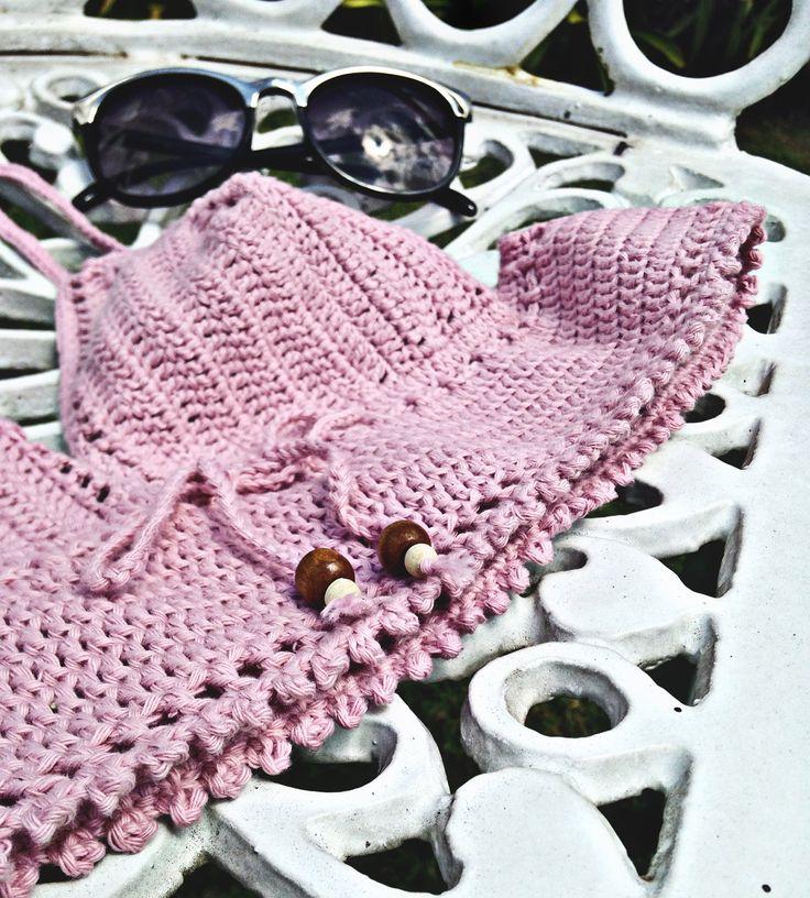 Top crochet www.instagram.com/saona.ok www.facebook.com/Saona.ok?fref