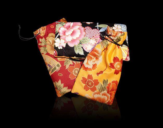 SAVE ME TENDER de IRUI. Guarda tus objetos delicados con todo el cariño. Telas japonesas y 100% handmade.