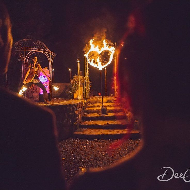 When you get your very own fire show on your wedding day! #irishbride #weddingireland #weddingphotography #destinationweddingphotographer #galwaywedding #westofireland #thethreetowersecohouse