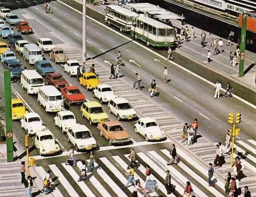 Avenida Paulista na década de 70.