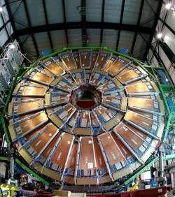 La traque du boson de Higgs reprend à Genève