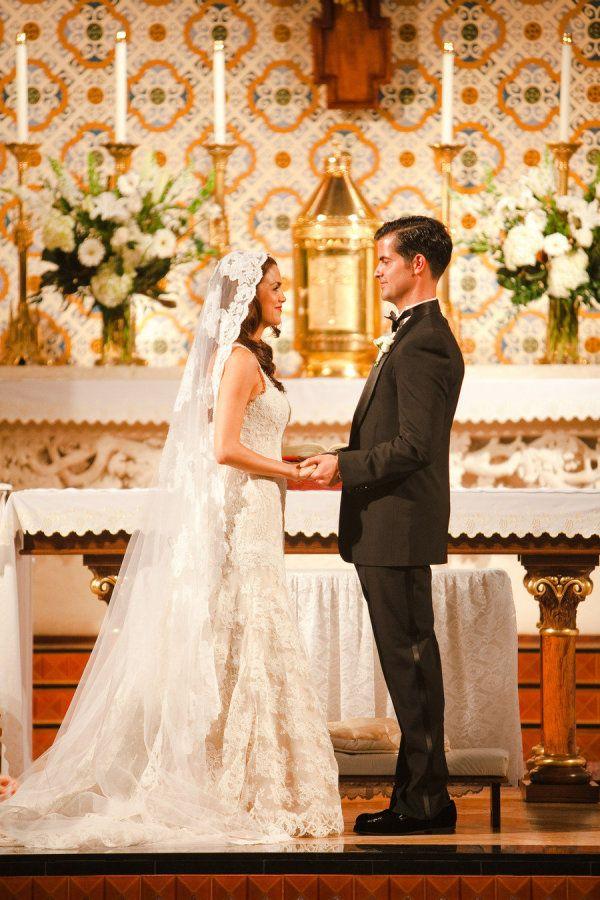 7 best cathedral wedding decor images on pinterest for Vintage wedding dresses austin