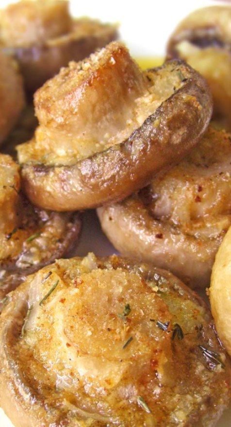 Roasted Mushrooms with Garlic & Thyme. - sub Parmesan cheese & almond flour for breadcrumbs to THMify this.