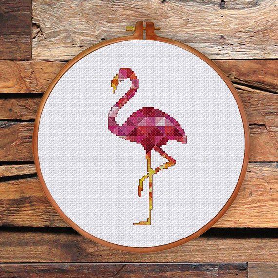 Geometrische Flamingo cross stitch patroon is een ontwerp van moderne elegante roze vogel, een prachtig cadeau voor vrienden en schattig voor kamer decor.  PATROON SPECIFICATIES: Steken: volledige kruissteek, terug stitch, drie kwart steek Floss: DMC strandde katoen Kleuren vereist: 41 Steken: 50 x 100  SUGGESTIE: Stof: 14 tellen Aida Onderdelen: 2 Ontworpen gebied: 3,57 x 7.14 of 9.1 x 18,1 cm  Deze PDF patroon bevat: -Cover -Floss palet -Symbool Kleurenoverzicht -Zwart-wit symbool grafiek…