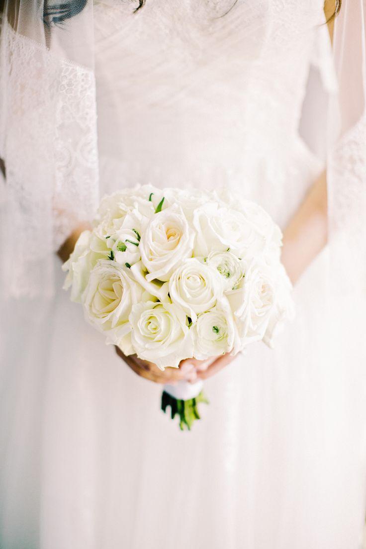Photography: Lilian Haidar Photography - lilianhaidar.com  Read More: http://www.stylemepretty.com/2014/06/03/elegant-manhattan-wedding/