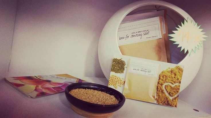 I'm stocked at a range of awesome places such as @sheilasdepilexbeautysalon - head on over to www.keenbeanscrub.com to find my stockist list #letsgetscrubbing