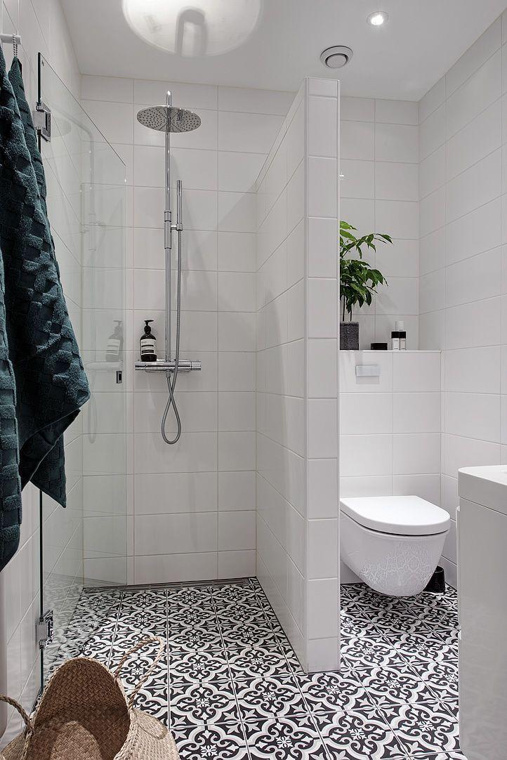 Nouveau Baroque Black and White Tile Floor