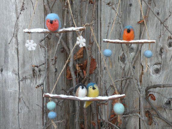 Ornements Petits oiseaux d'hiver par LeilaLandCreations sur Etsy