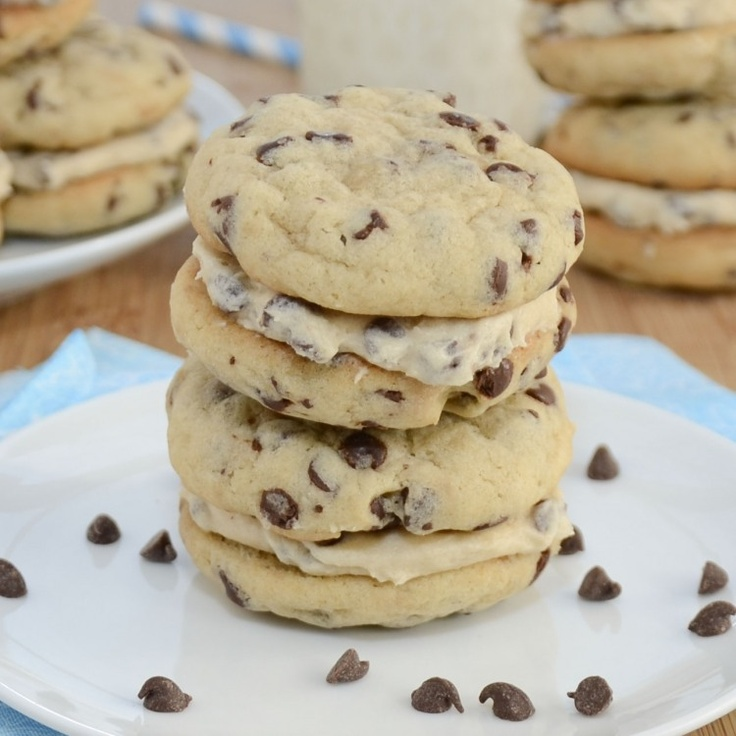 Chocolate Chip Cookie Dough Sandwiches {Sweet Pea's Kitchen}