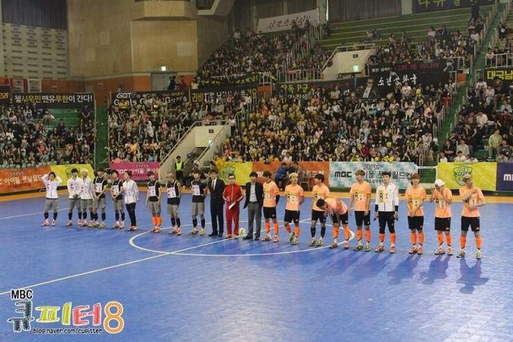 Luhan, Xiumin and Minho in MBC's Idol Futsal Championship Blog Update #2