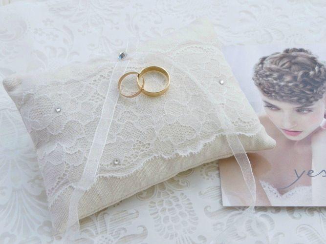 coussin-porte-alliance-mariage-dentelle-9cpa