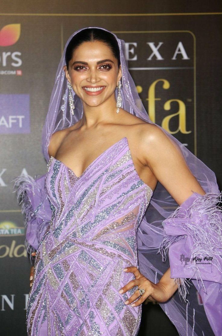 Pin by Being Lovely on Queen Deepika Padukone | Bollywood ...