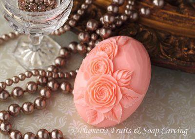 ソープカービングアレンジ石鹸の香りが爽やかです。お色の変更承ります。サイズ:11.3cm×7.5cm×4.3cm プラスチックケース入...|ハンドメイド、手作り、手仕事品の通販・販売・購入ならCreema。