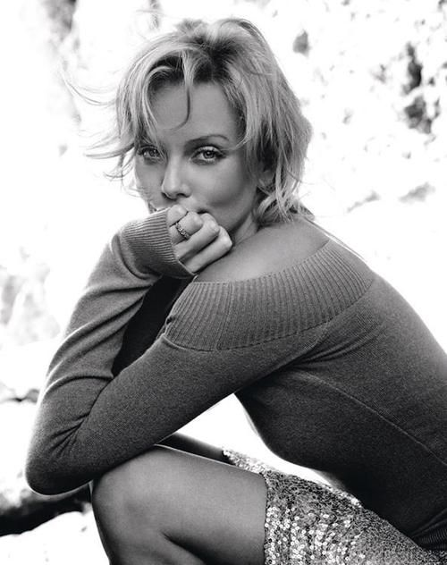 Because it's in the Eyes Charlize Theron © Ruven Afanador