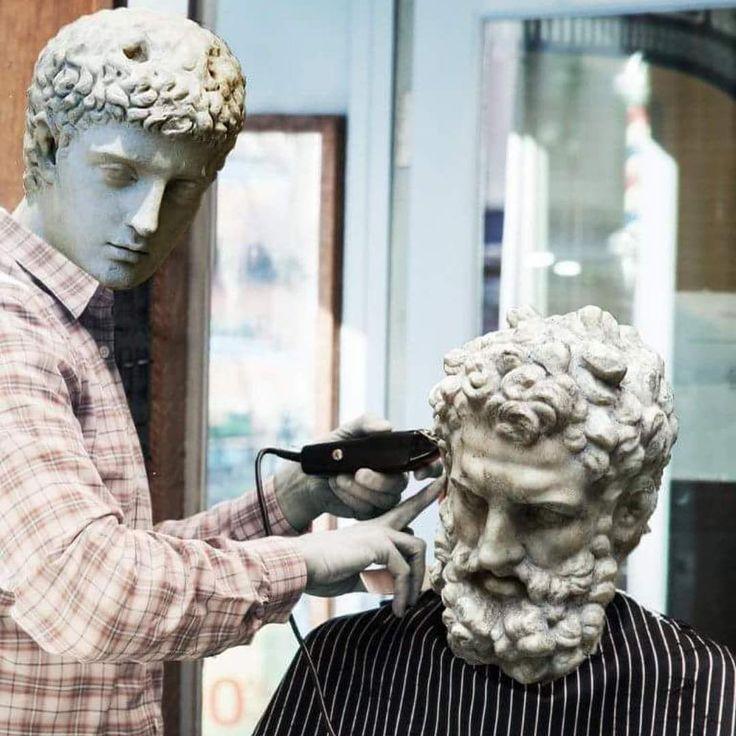 Beard and hair please!  lol, barber, barbiere, humor