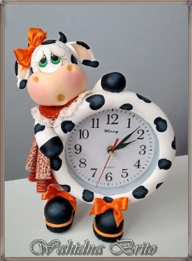 Que tal um charme a mais em sua cozinha, esse relógio é o maior SUCESSO e vc não pode deixar de ter o seu, faça já sua encomenda.    Tons da roupa, laço e olhos na cor de sua preferência.    Envio para todo Brasil.