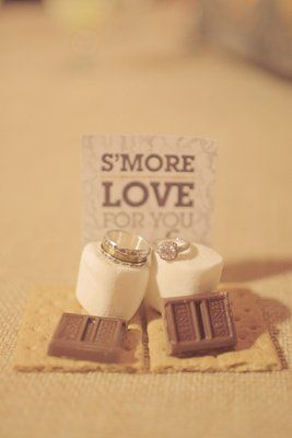 S'mores as wedding favors! Love it. (Photo by Gideon Photography)