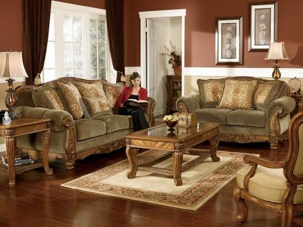 This living room set is sure to impress while bringing