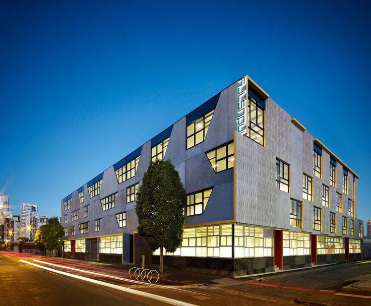 MAB Industry HUB - Plus Architecture