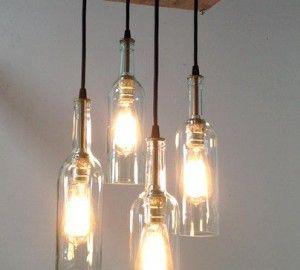 lampade con bottiglie sospese