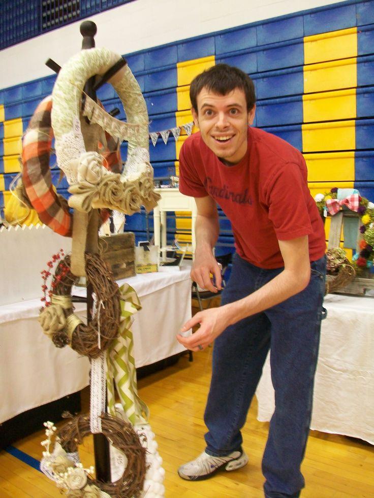 Best 25 craft fair displays ideas on pinterest vendor for Vendor craft shows near me