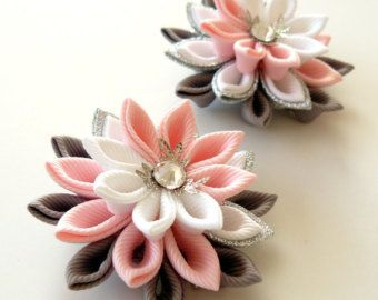 Kanzashi Fabric Flowers. Set of 2 hair clips. Pink, grey and white.