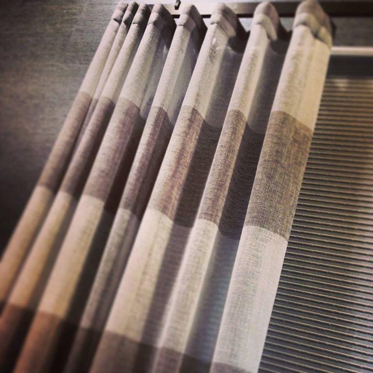 FLINT | Visillo de raya horizontal, lavable y apto para estores. / Cortina de ratlla horitzontal, apte per estors i que es pot rentar a casa. #ontario #fabrics