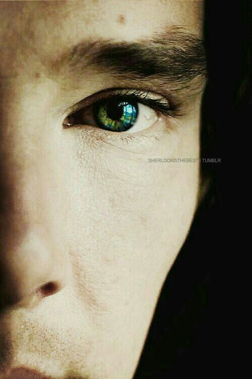 My eyes are very colorful like his. I take pride in this fact.