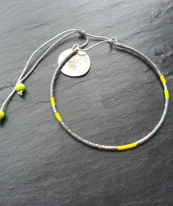 """bracelet """"jonc"""", perles japonaise, gris moiré, jaune et argent"""