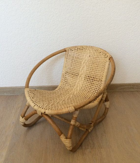 Petit fauteuil denfant en bambou et rotin. par lifestyle66 sur Etsy