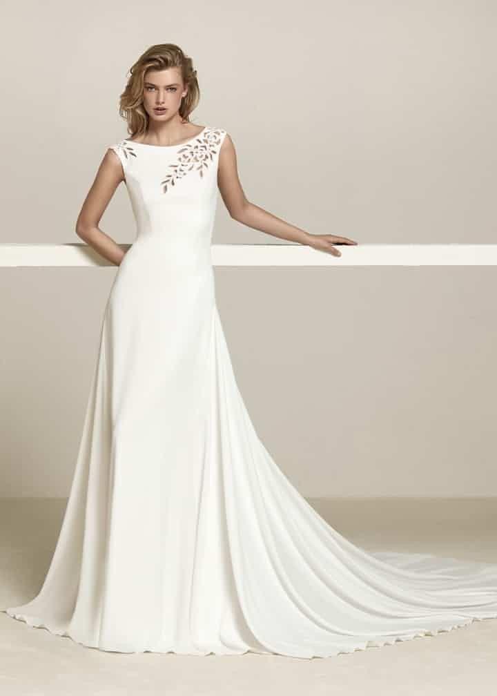 44a9fc441671 Dreni Pronovias | Wedding Ideas | Wedding dress sleeves, Wedding ...
